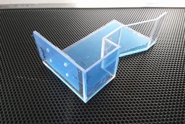 自動車部品製造ライン用センサーカバー用途:スイッチ保護 - はりま部品加工・機械組立.com