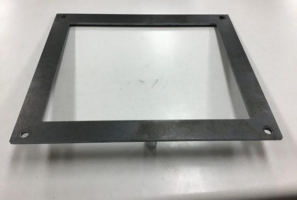 フィルター押え 板金加工品用途:メッシュ押さえ - はりま部品加工・機械組立.com