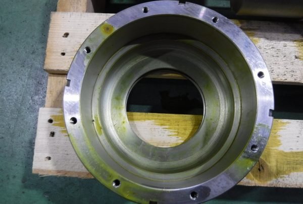 鉄鋼業向け軸受カバー・軸受蓋