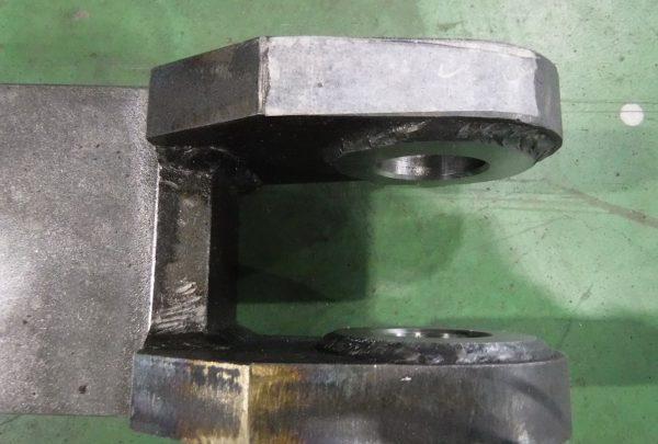 コッター 機械加工・溶接組立品サイズ:W:110mm×D:800mm×T100mm - はりま部品加工・機械組立.com