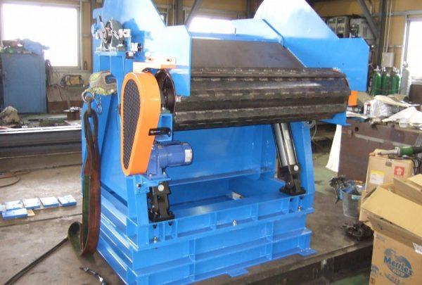 鍛造業向け 丸鋼コンベヤ供給用 反転装置メイン画像 - はりま部品加工・機械組立.com