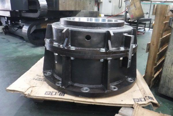 鉄鋼業向け 減速機ケーシング本体用途:減速機ケーシング - はりま部品加工・機械組立.com