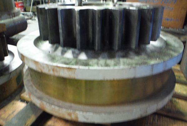 クレーン用走行車輪サイズ:φ680×375L - はりま部品加工・機械組立.com