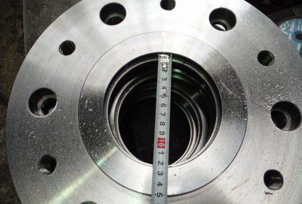 変速機ケースフランジサイズ:φ355×φ125×t40 - はりま部品加工・機械組立.com